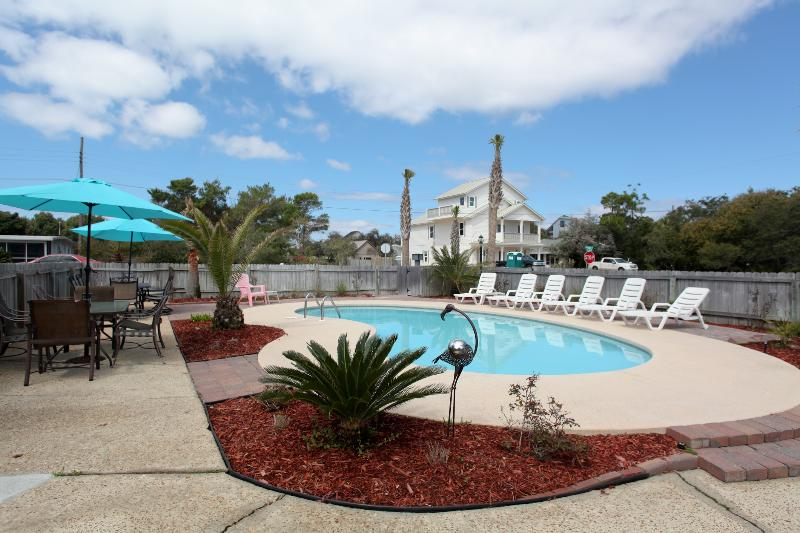 Your private tropical oasis awaits you. Plenty of room for outdoor dining and entertaining, - Private Pool, 1 Block  To  Beach, 7 Bdrms. 4 Ba. - Destin - rentals
