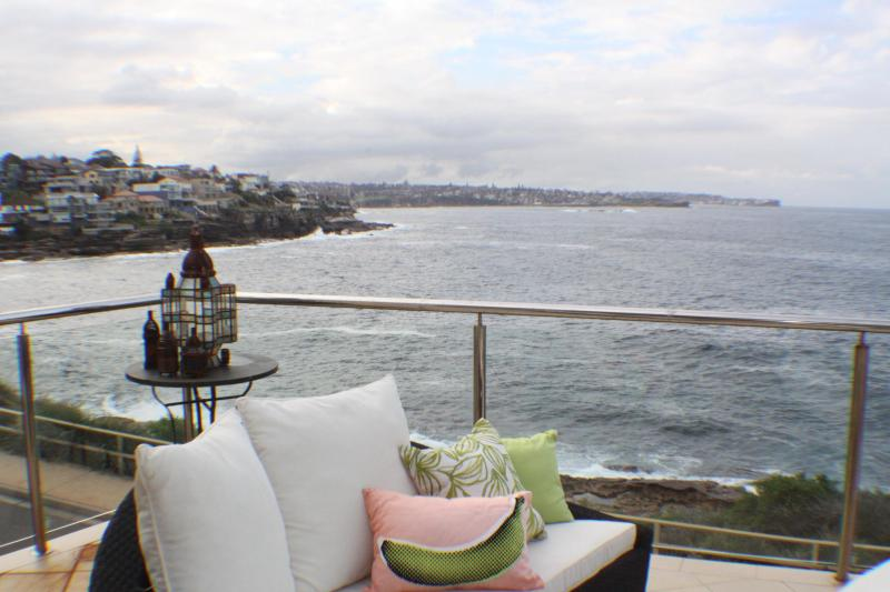 Views along the coast from Coogee to Bondi - Lurline Bay luxury house - Maroubra - rentals