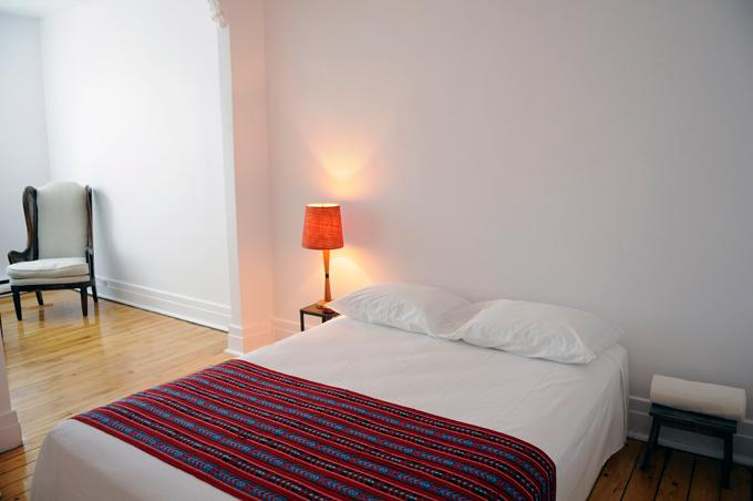 The comfortable double bed will allow you to recover from your Montreal discovery! - ►Family heaven, central and quiet. 3 years of happy guests! - Montreal - rentals
