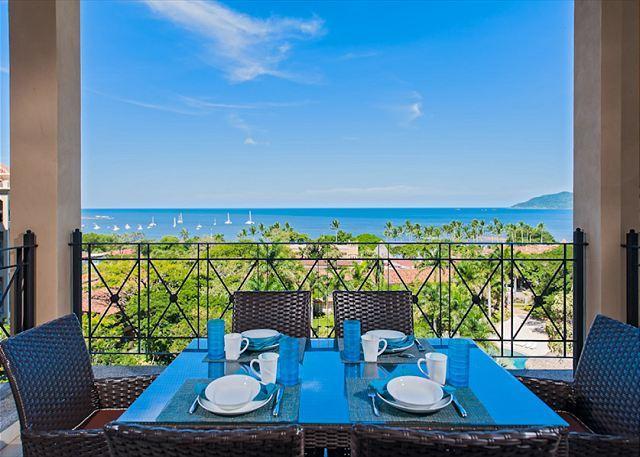 New 3 bedroom great ocean views just 1 block from the beach. - Image 1 - Tamarindo - rentals