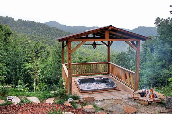 NEW LOG CABIN. VIEWS. HOT-TUB. May Specials avail. - Image 1 - Burnsville - rentals