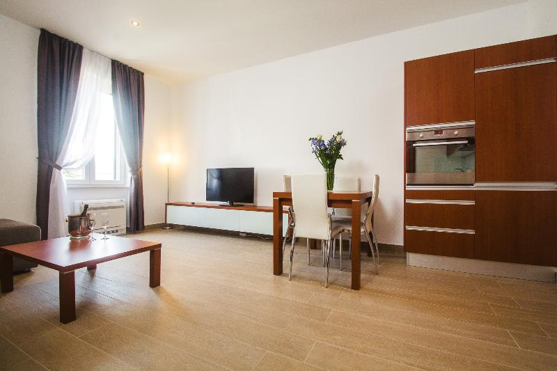 Brand new 4 star apt in the heart of Split - Brand new 4 star apartment City Pads, Split centre - Split - rentals