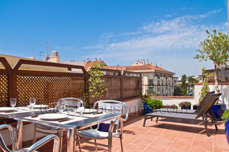 PETIT PLAISIR great private terrace! - Image 1 - Sitges - rentals