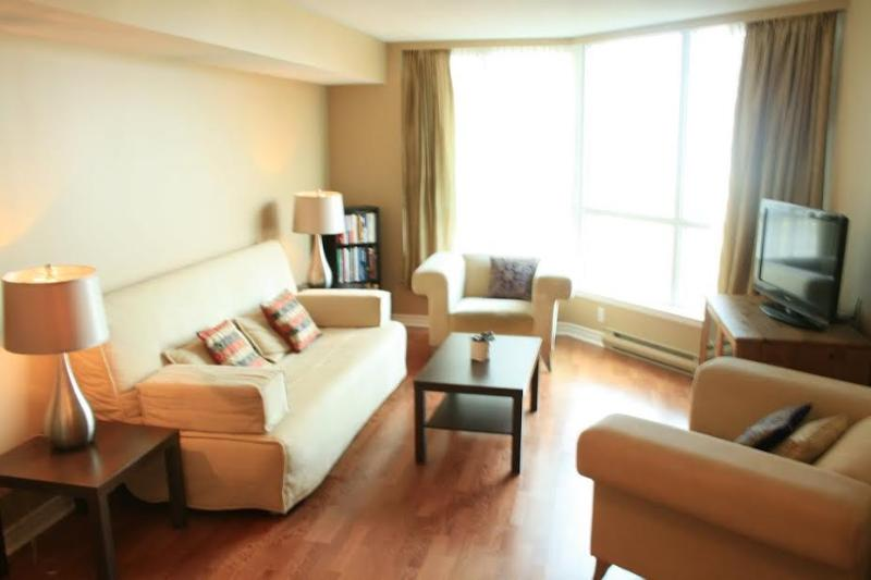 Living Room with Stunning unobstructed view - Luxury Downtown Oasis - Toronto - rentals