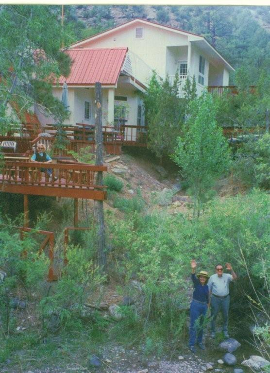 Delightful riverside Custom Home - Image 1 - Jemez Springs - rentals