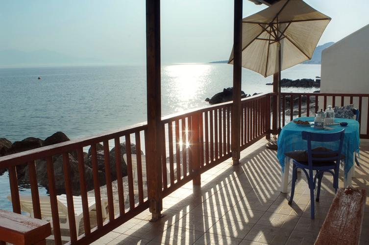 Paradise House right on the Sea!! - Image 1 - Elliniko - rentals