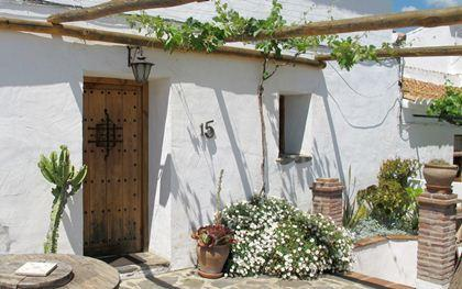 Entrance - Comfortable renovated traditional village house - Macharaviaya - rentals