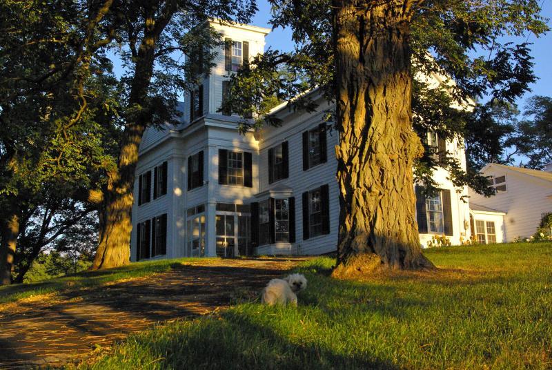 Historic Catskill Mountain House close to Windham - Image 1 - Durham - rentals