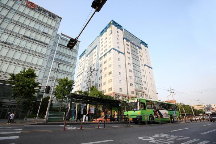 [OPEN] Olivia's Duplex Studio @ Dongdaemun - Image 1 - Seoul - rentals