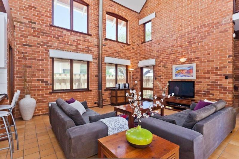 Cottesloe Renaissance Beach House - Image 1 - Perth - rentals