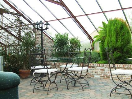 In spring and summer breakfast is served in our wintergarden - Charming B&B in green area Ghent - Laarne - rentals