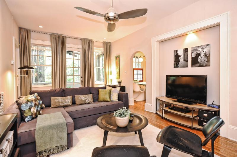 Spacious living room for relaxing - Furnished Myers Park apartment - Charlotte - rentals