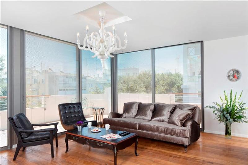 PENTHOUSE - Most ELEGANT Penthouse, near beach - Image 1 - Tel Aviv - rentals