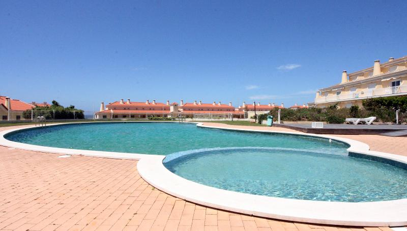 OUTDOOR SWIMMING POOL - Luxury cond.with heated indoor pool - Ericeira - rentals
