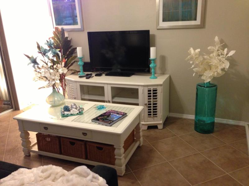 living room - Elegant 1 br tropical vibe relax - Fort Myers - rentals