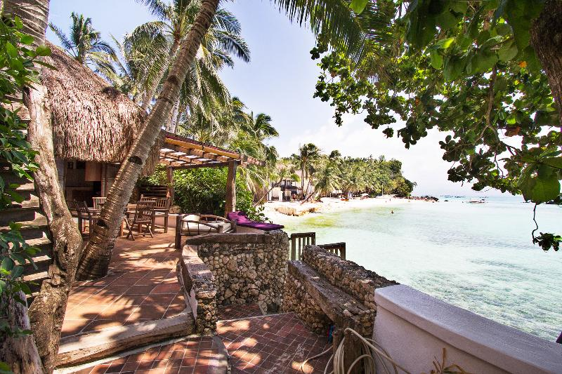 Eolia 2, house right on the beach - Image 1 - Boracay - rentals