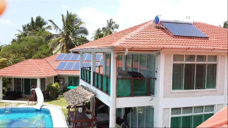 Looking down on Xanadu Beach Villa - Maisonette ground floor two bedroom apartment - Mombasa - rentals