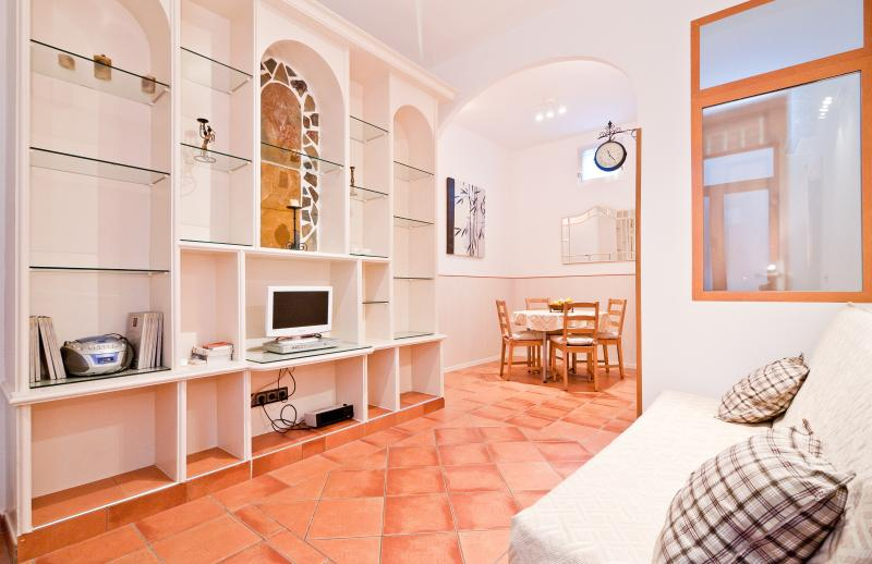 Prado apartment - Image 1 - Madrid - rentals
