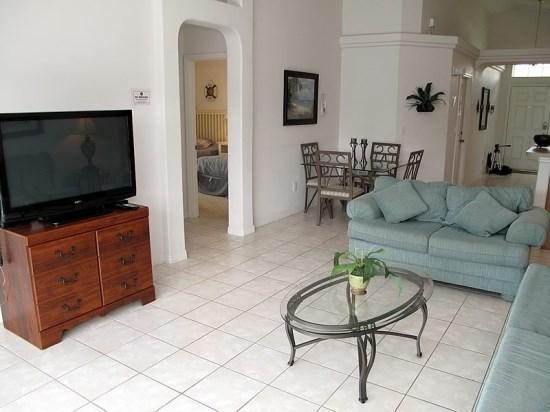 Gorgeous 4 Bedroom 2 Bathroom Resort Home. 16710FM - Image 1 - Orlando - rentals