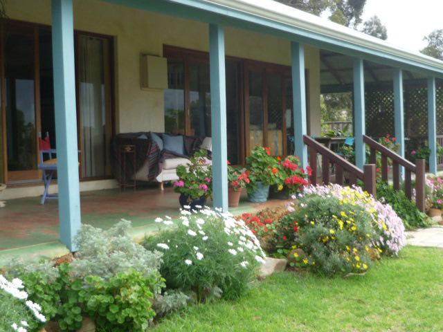 Winter front verandah view - Magnificent old farmhouse over looking Geographe Bay with sweeping views through the valley to the sea - Finke - rentals