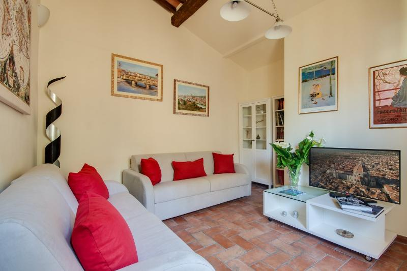 Lovely 2 Bedroom Apartment Rental in Florence near Duomo - Image 1 - Florence - rentals