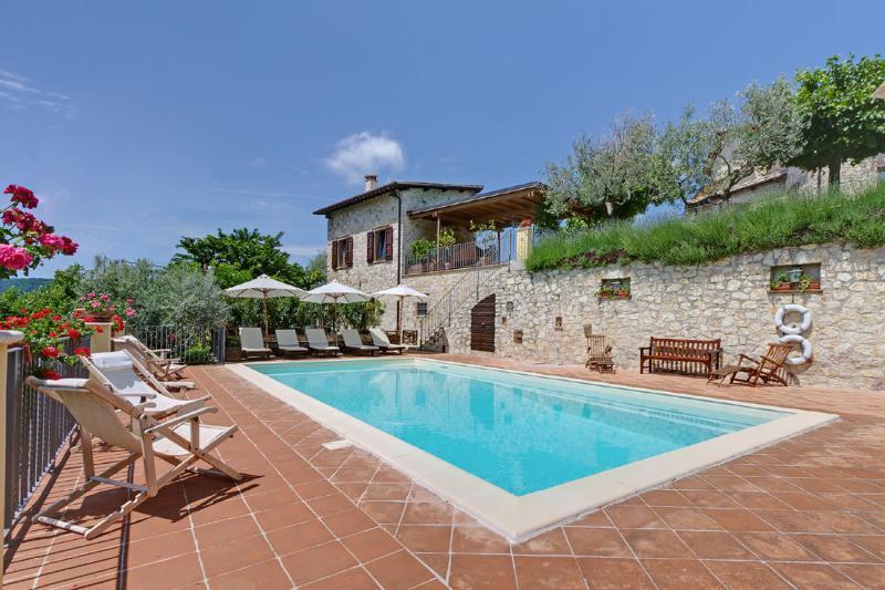 Borgo Aquaiura:Cisterna - Image 1 - Pompagnano - rentals