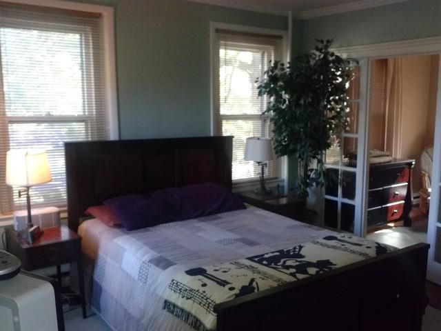 Master Bedroom with Queen Bed - Best Offer For Your Vacation - 2250 Sq Ft. Save $$ - North Plainfield - rentals