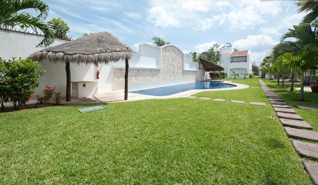 Mayamar Cosy Family House Minutes to the Beach - Image 1 - Playa del Carmen - rentals