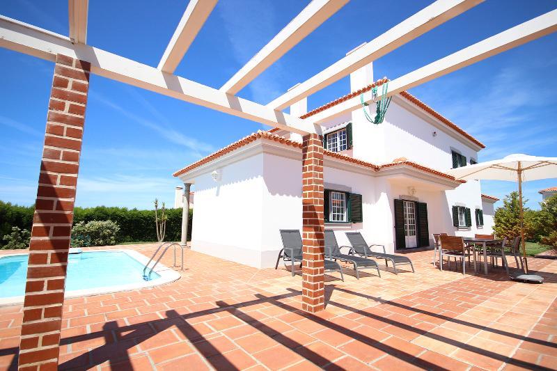 Patio Lounge Area - BEACH HOUSE PRAIA DEL REY  WITH  PRIVATE POOL - Costa de Lisboa - rentals