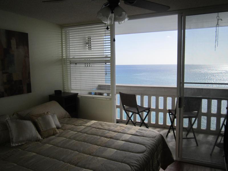 Penthouse Oceanfront Beach Getaway - Image 1 - Waianae - rentals