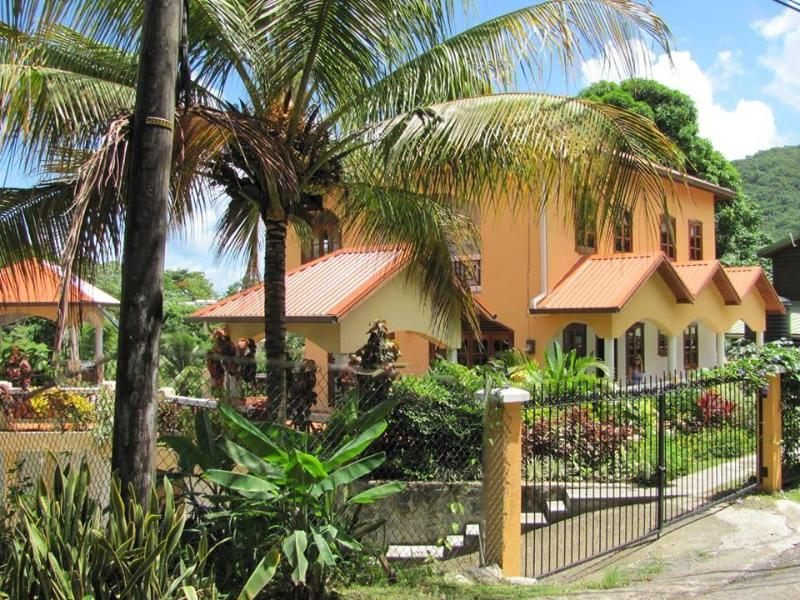 "Villa Papillon - Walk to Beaches & Restaurants ""Stay Here Be Happy"" - Marigot Bay - rentals"