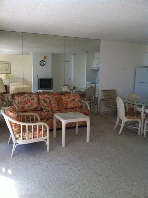 1 Bedroom at Waikiki Banyan 22F Partial Ocean View - Image 1 - Honolulu - rentals