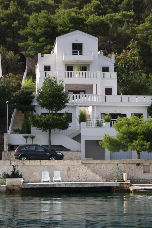 Apartments Šparadići 3 - Image 1 - Sibenik - rentals