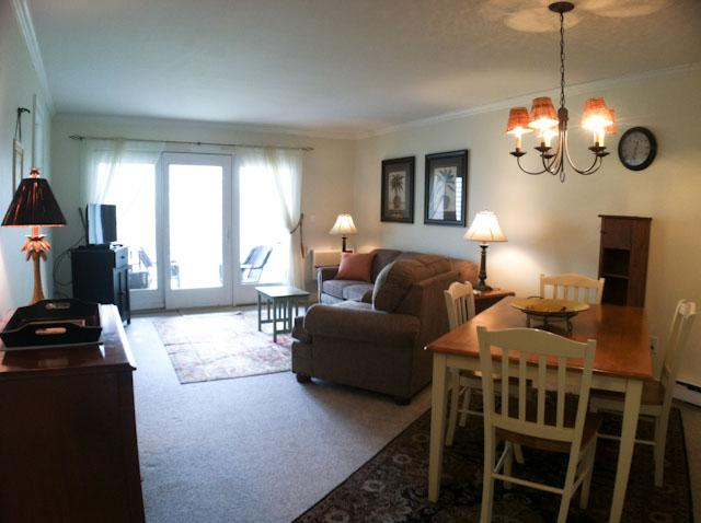 Living/Dining Area - $100 DISCOUNT on all JUNE arrivals: Ocean Edge Street Level - Sleeps 6 with 1 A/C - EA0558 - Brewster - rentals