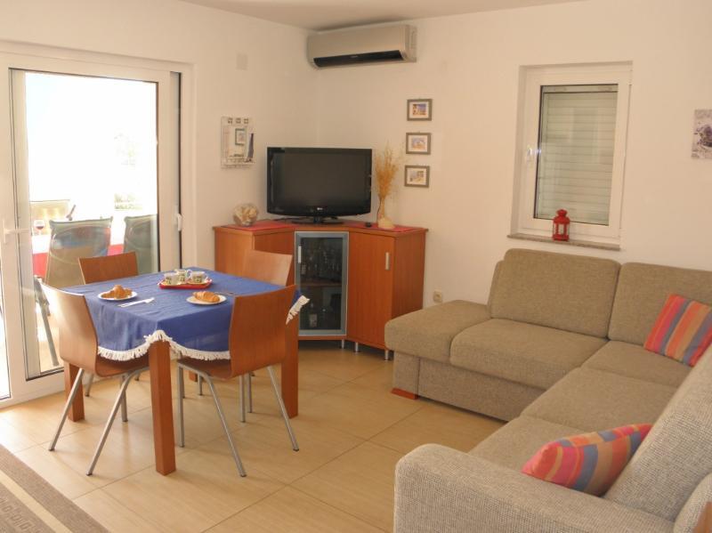 Apartments Natalija - 29871-A1 - Image 1 - Srima - rentals
