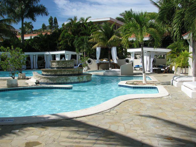 2 Bedroom Penthouse ( Crown suite ) All Inclusive - Image 1 - Puerto Plata - rentals