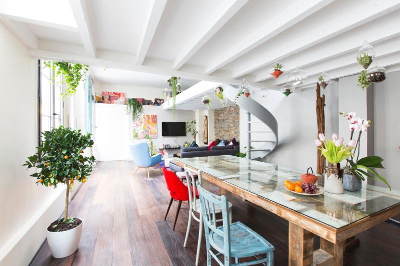 Precious parisien Loft, Le Marais, Notre Dame - Image 1 - Paris - rentals