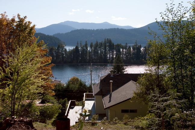 House and view - Beautiful view house on Vancouver Island - Lake Cowichan - rentals