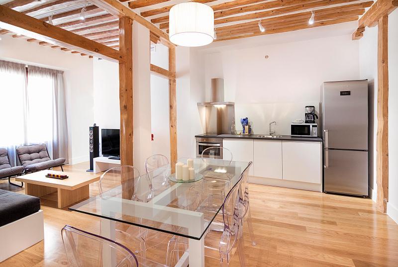 Kitchen and Livingroom - 2 hab/2 wc Chueca/Gran Via - Madrid - rentals