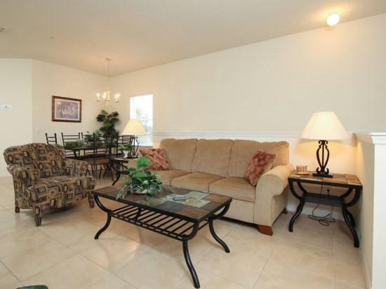 3 Bedroom 2 Bathroom Condo Located 1.5 miles From Disney. 2712OD - Image 1 - Orlando - rentals