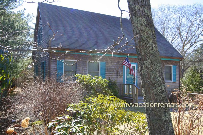 Front of House - MARSL - Completely renovated, Tri Level, A/C in all rooms, WiFi - Vineyard Haven - rentals