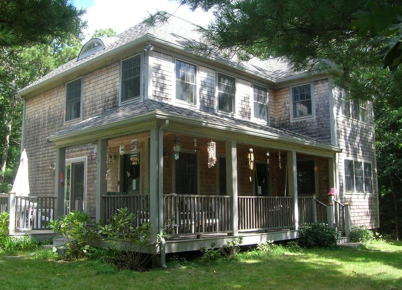 Exterior of House - LERNT - Pristine Contemporary Farmhouse, Walk to Town, Central A/C - Vineyard Haven - rentals