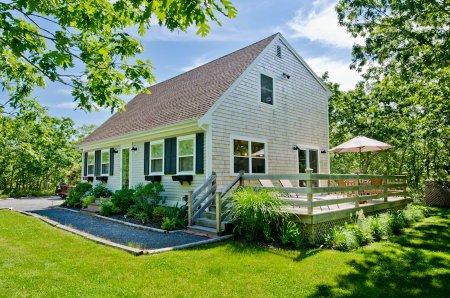 BEACHY KEEN AT LONG POINT - WT CBLA-72 - Image 1 - West Tisbury - rentals