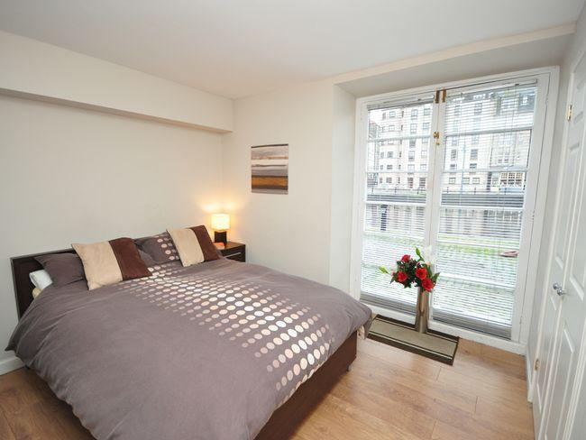 Master bedroom - E1678 - Broughton - rentals