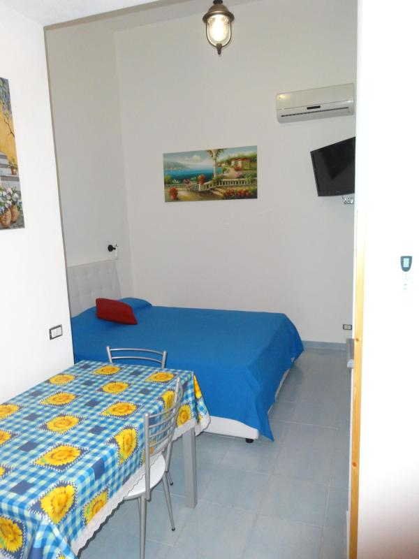 ROSALIE lipari on the bay of canneto - Image 1 - Lipari - rentals