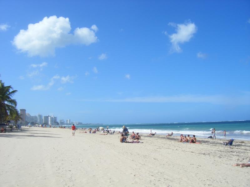 Perfect day on Ocean Park Beach, 5 min from the apartment - Beach + hip, eclectic San Juan - San Juan - rentals