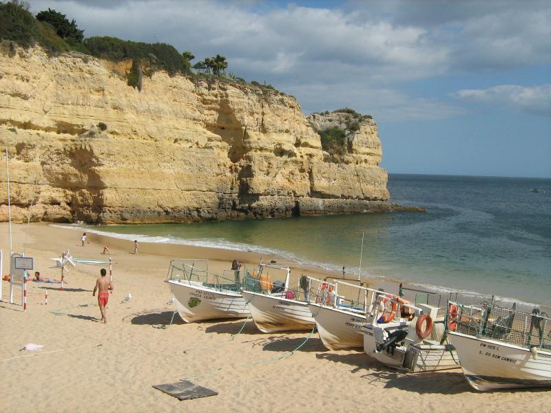 Closest beach - Areias do Porches Lote 3-1 G - Porches - rentals