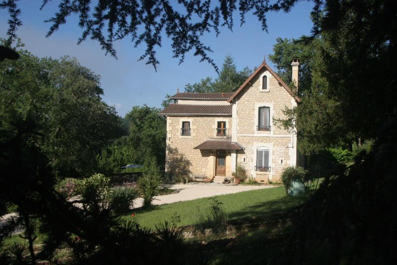 Villa Page - Exterior - VILLA PAGE/4 BEDRMS/ON DORDOGNE RIVER/NEAR SARLAT - Sarlat-la-Canéda - rentals