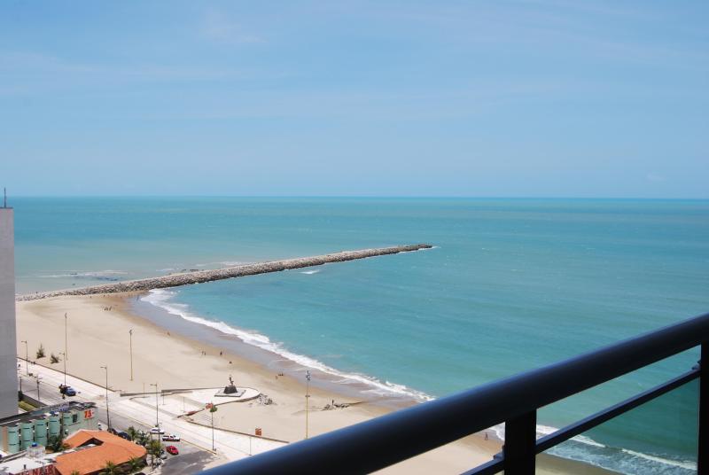 Ocean front 2 bedroom condo!Terracos 2108 - Image 1 - Fortaleza - rentals