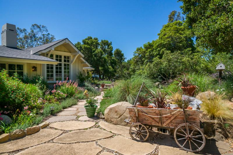 The stone path invites you to explore the gardens that surround this lovely home. - Serene Montecito family home near San Ysidro Ranch - Oak Creek Hideaway - Montecito - rentals
